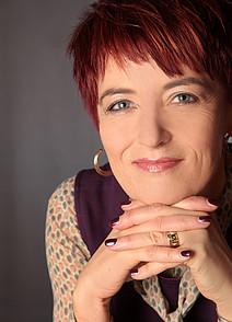 Univ.-Prof. Dr.   Karin Landerl